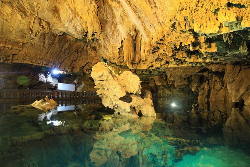 پنج غار هیجان انگیز ایران